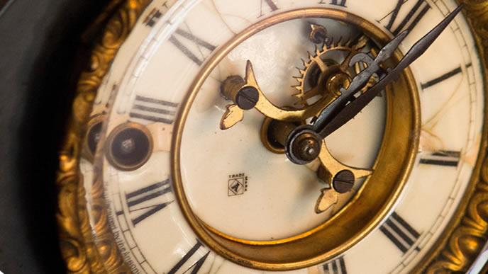 古い外国の時計