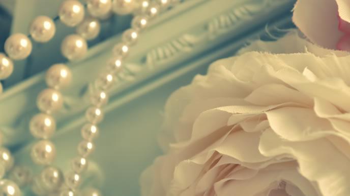 シンプルな真珠のアクセサリー