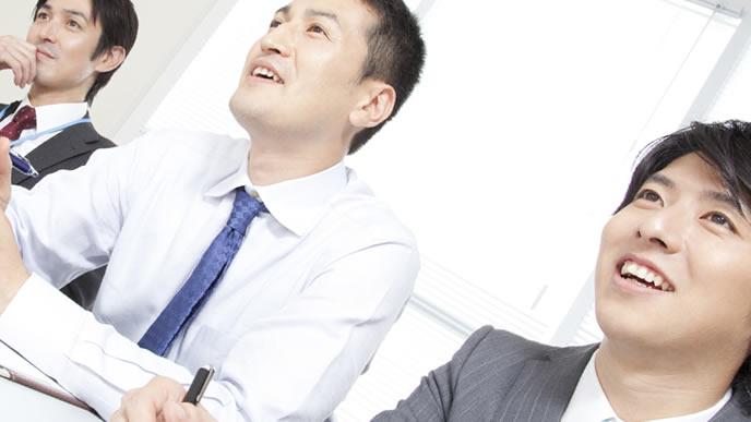就活生を面接する企業の採用担当者