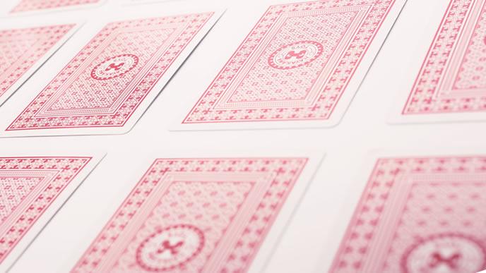 並べられたトランプのカード