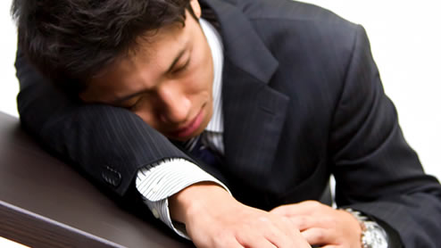 職場の人間関係に疲れた時の4つの対処法