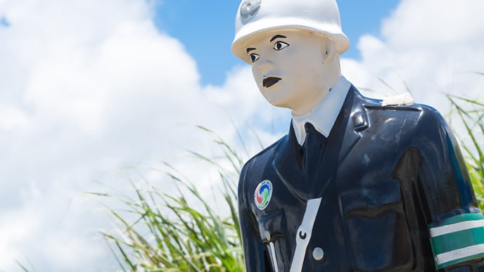 リゾート地を守る地元警察官
