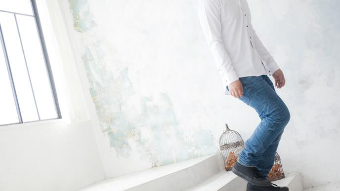 私服がジーンズばかりの男性