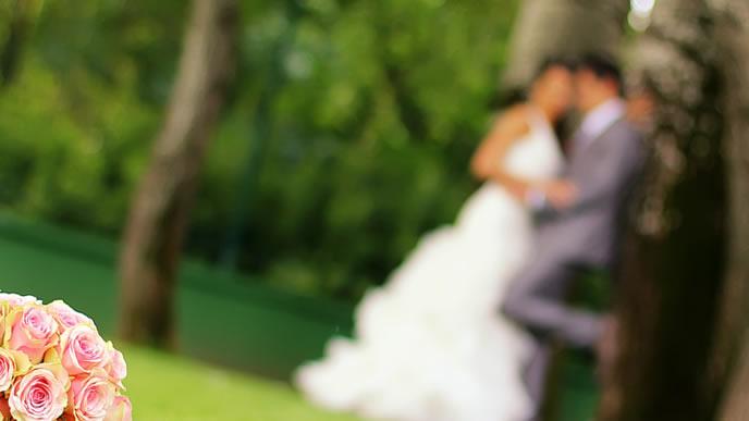 将来に見据える結婚風景