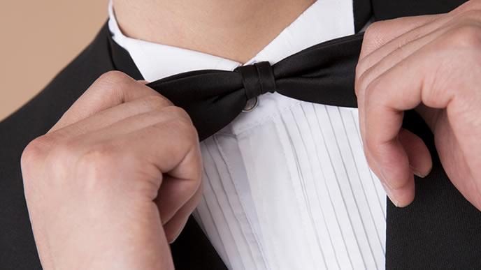 面接に蝶ネクタイを選んでしまった就活生