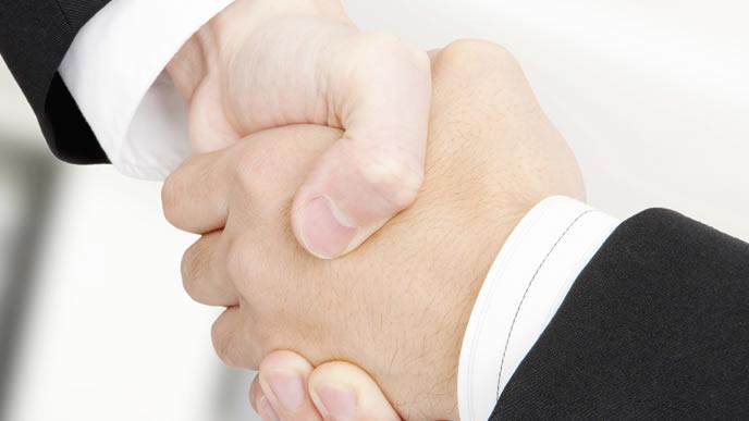 飛び込み営業で商談を成立させた営業マン