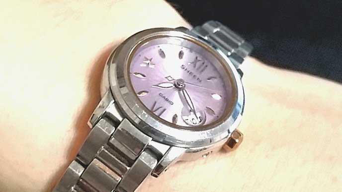 CASIO SHEENの腕時計