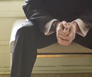 待つビジネスマン