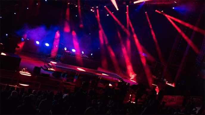ライブ会場の照明テスト