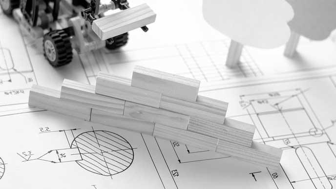 住宅の設計図と建築模型