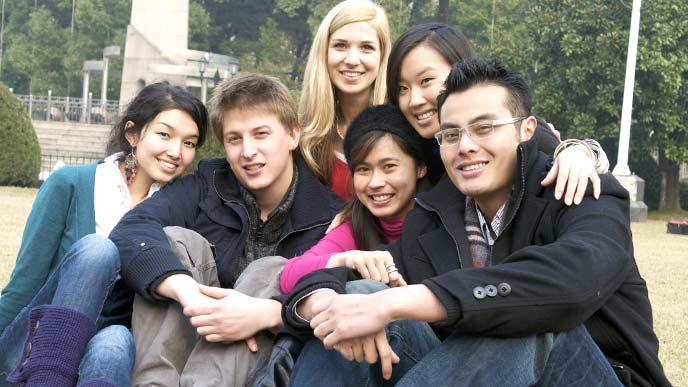 留学先での仲間と撮影し集合写真